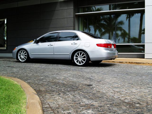 autoland 2005 honda accord 4cyl auto a c rims coilover. Black Bedroom Furniture Sets. Home Design Ideas